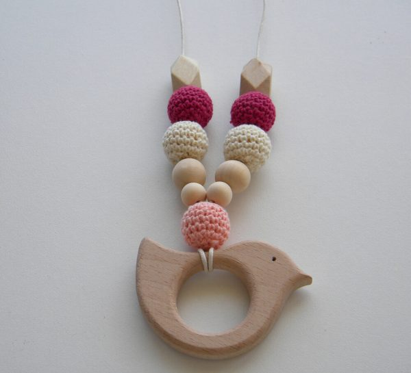 Wooden Breastfeeding Teething Nursing Necklace Plum