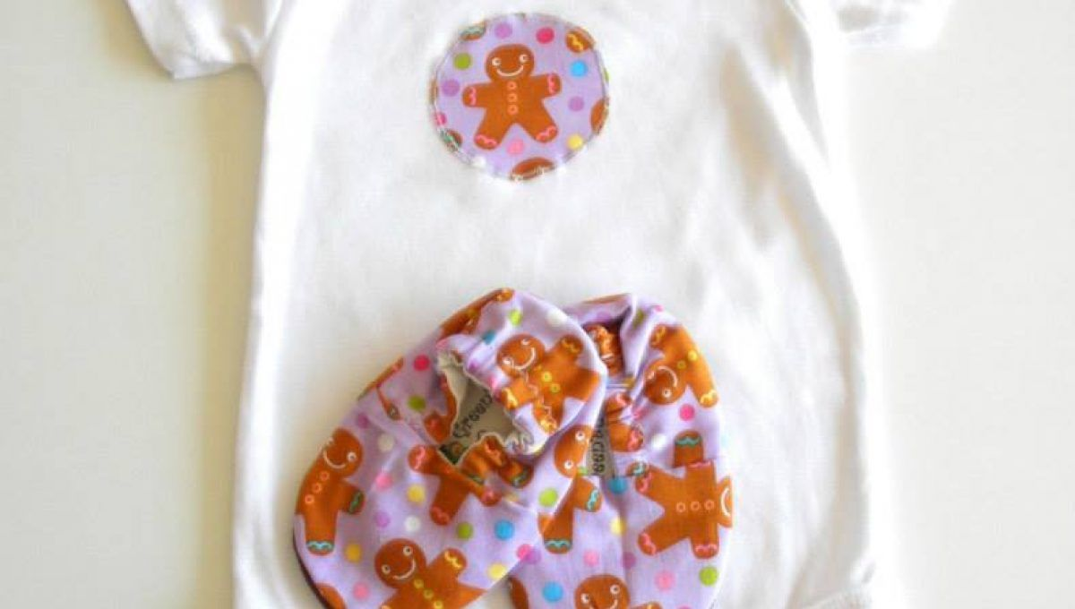 Christmas Gingerbread Onesie & Shoe Pack